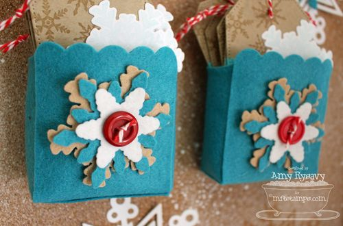 Christmas-Countdown-Tag-Holders-by-AmyR