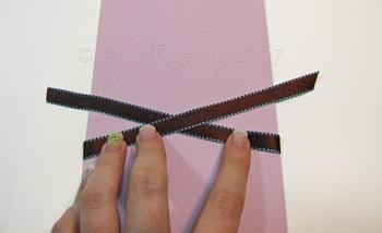 Ribbon_tying_1_2