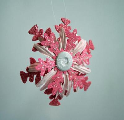 Pink_daisy_snowflake_ornaments_by_a